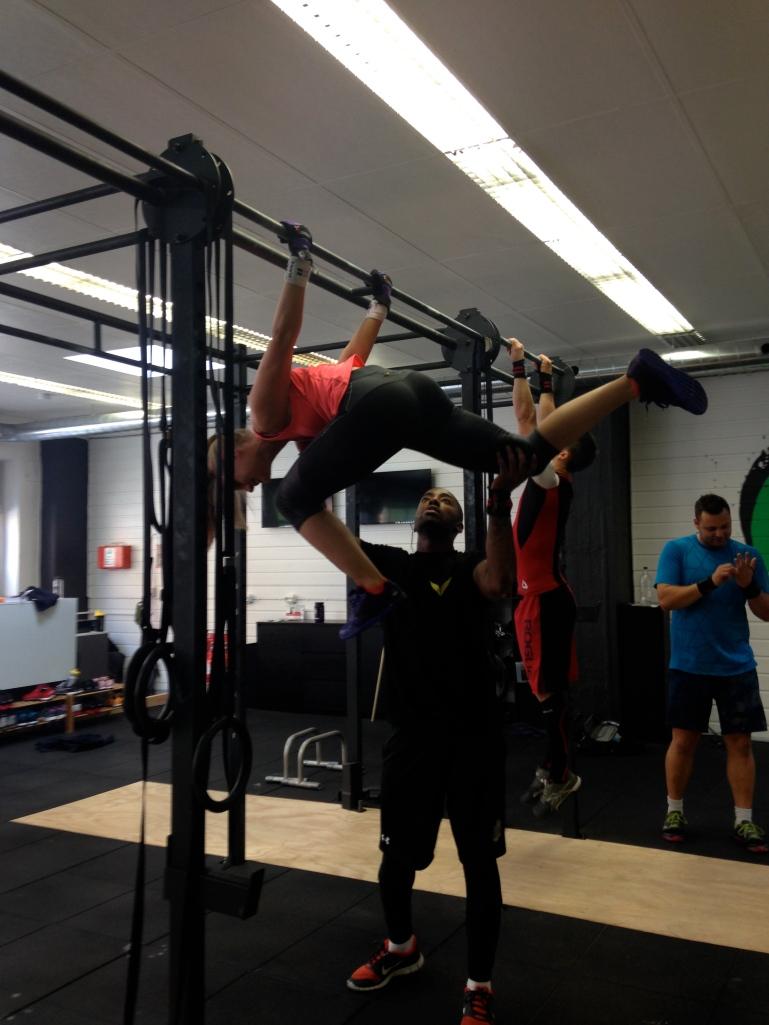 Ei herlig og flink jente, Camilla Ophaug tester ut backlever- moves