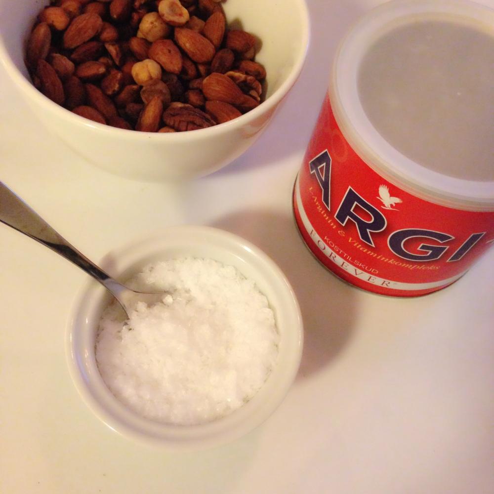 Argi +, vitaminkompleks med L-arginin. Gir både overskudd og energi, samtidig som det kan hjelpe på å redusere stress