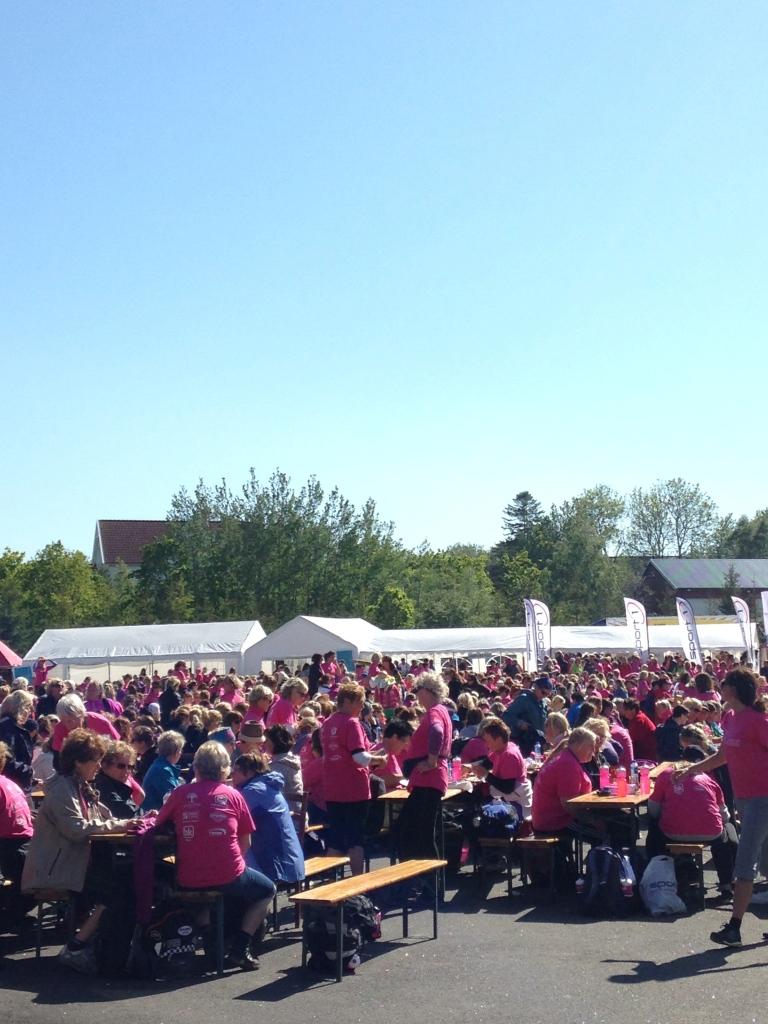 Ca. 3000 jenter samlet i Stavern ! Var du du der?